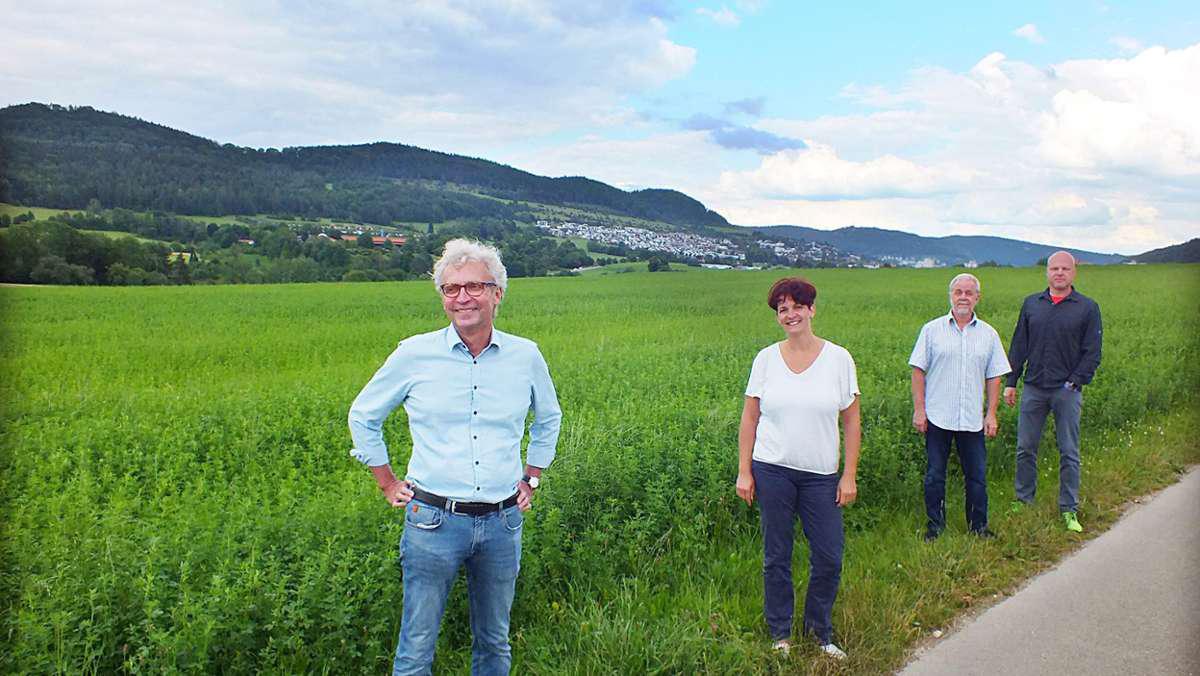 Ulrich Kohaupt mit Freunden im Grünen
